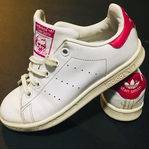 Adidas Originals Youth Stan Smith sneakers.